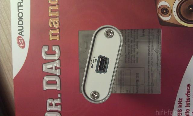 ESI Audiotrack Dr. DAC nano (3/4)