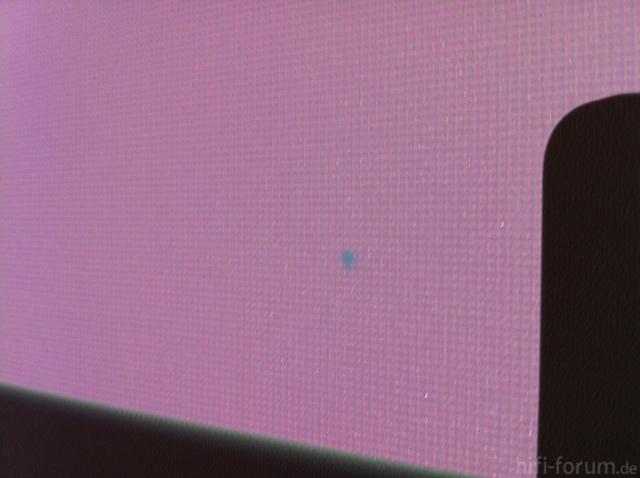 TW3200 Blaue Pixel