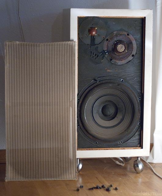 Unbekannter Lautsprecher