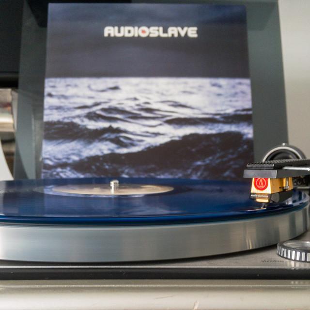 Audioslave-mit-AT-20-SLa-auf-Dual-1229-2-von-2