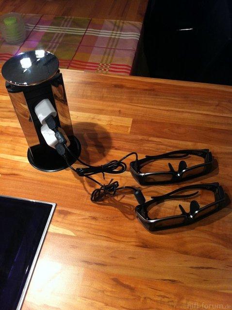 3D Brillen Beim Aufladen