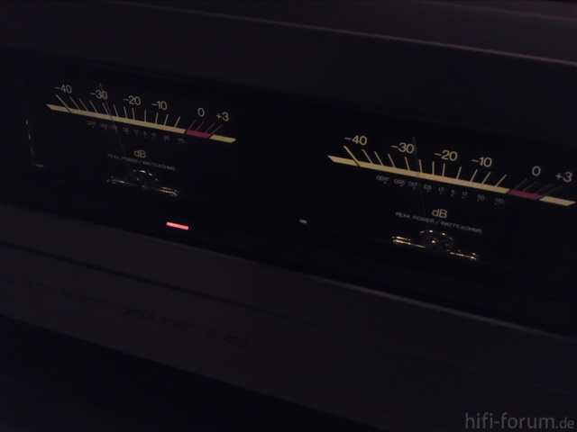 Accuphase E405 VU Meter