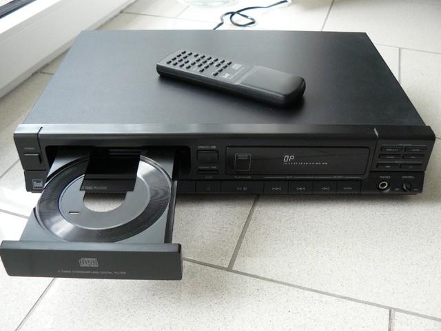 Dual CD Vorn
