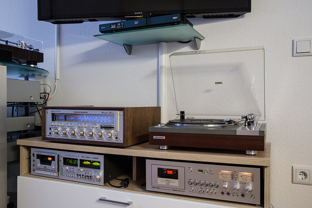 Marantz_Woodcase_2