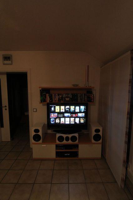 TV-Wand mit NuLine