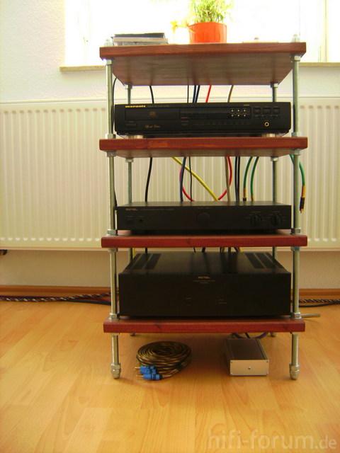 DIY Rack Mit Komponenten