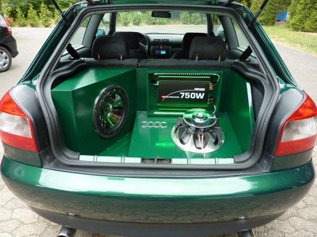Audi A3 Kofferraumausbau