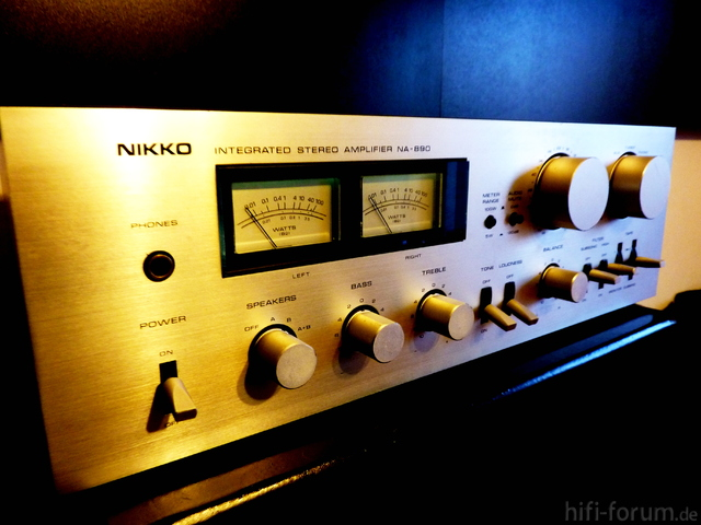 Nikko NA-890