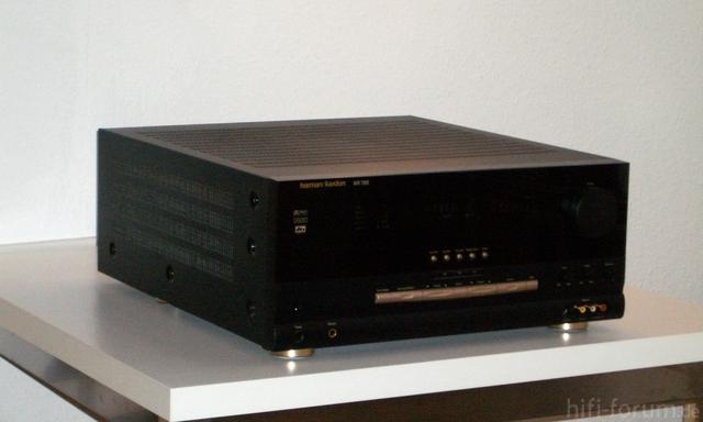 HK AVR7000 New 02