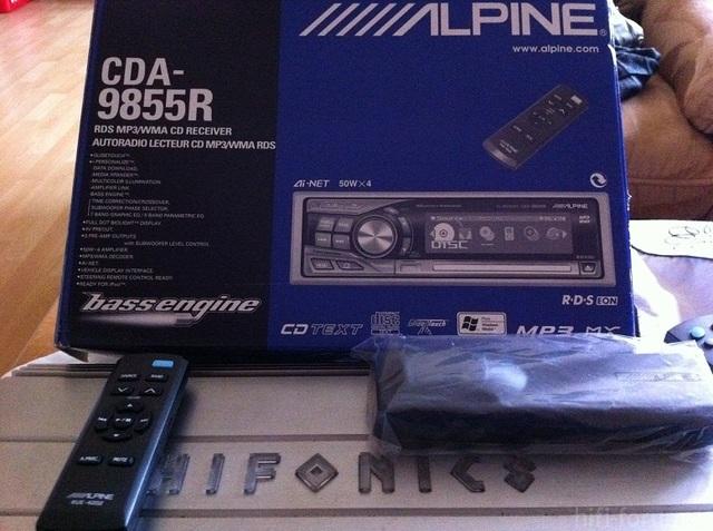 Alpine CDA-9855R / Verpackung Und Zubehoer