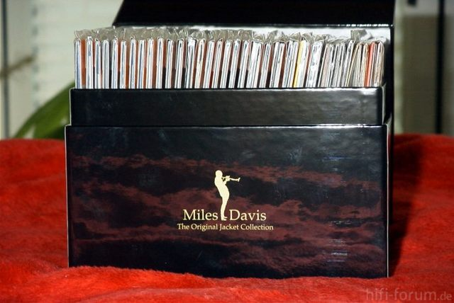 Miles Original Jacket Collection Box1