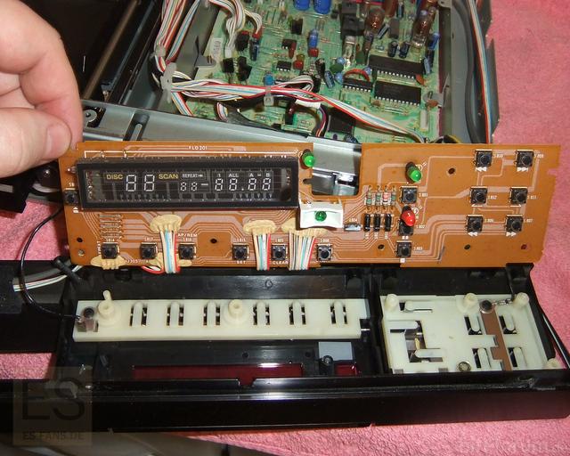 Sony CDP-302ES Display Demontiert