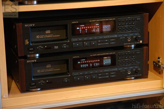 Sony CDP-C910 Und CDP-C90ES CD Player Jeweils Mit Holzseiten