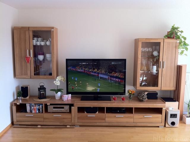Wohnwand Mit TV (noch Nicht Ganz Fertig)