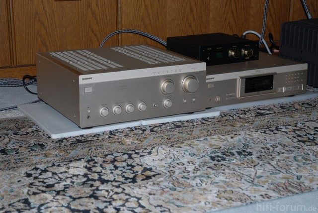 Sony ES + Accuphase P7100