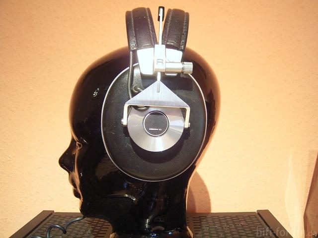 Pioneer Monitor 10
