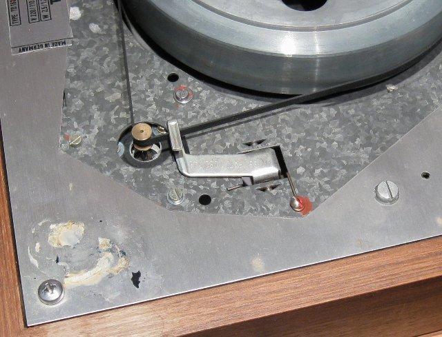 Dual Motor in Thorens - Riemenseite