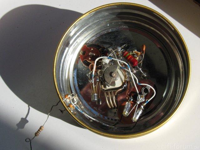 UKW-Mess-Sender In Der Tabakdose - Innen