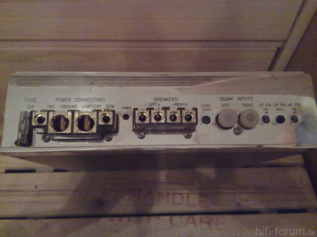 Genesis Stereo 100