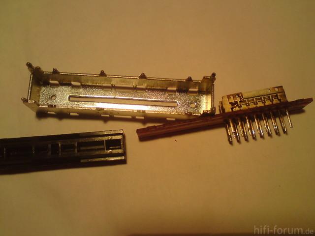 SU-VX-700 - Schalter - in seinen Einzelteilen