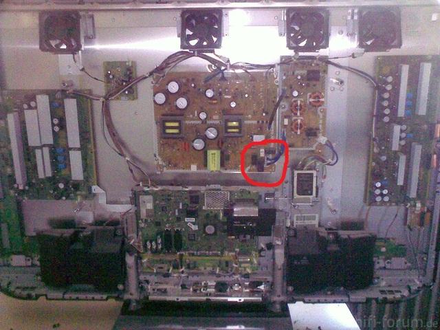 Geöffneter Panasonic Plasma (G11)