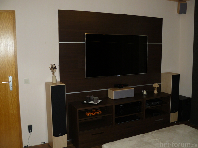 tv wand mit logiclic lamiwall selbst gebaut racks geh use hifi forum. Black Bedroom Furniture Sets. Home Design Ideas