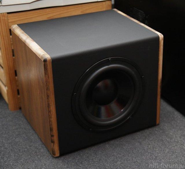 PC-Sub Mit Dayton SD215-88