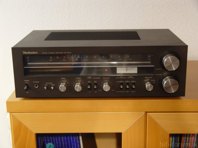 Technics SA-300 in braun