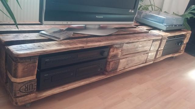 tv m bel aus europaletten. Black Bedroom Furniture Sets. Home Design Ideas