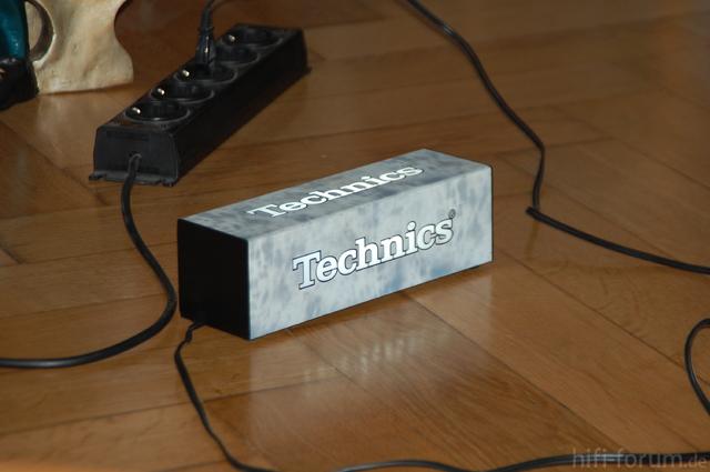 Technics Logo 003