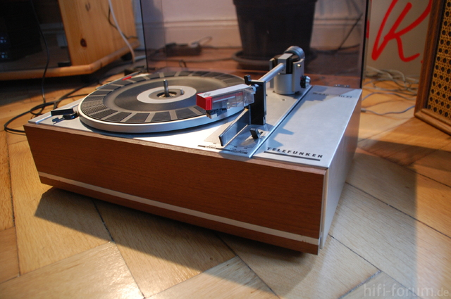 Telefunken W320 003