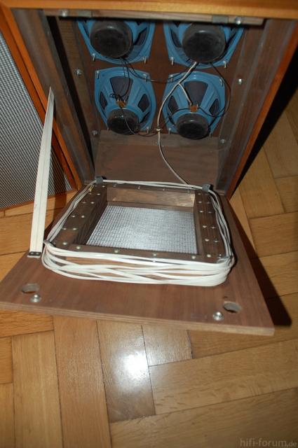 Tesla Boxen 015