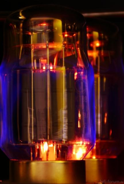 Blaue Leuchte KT88