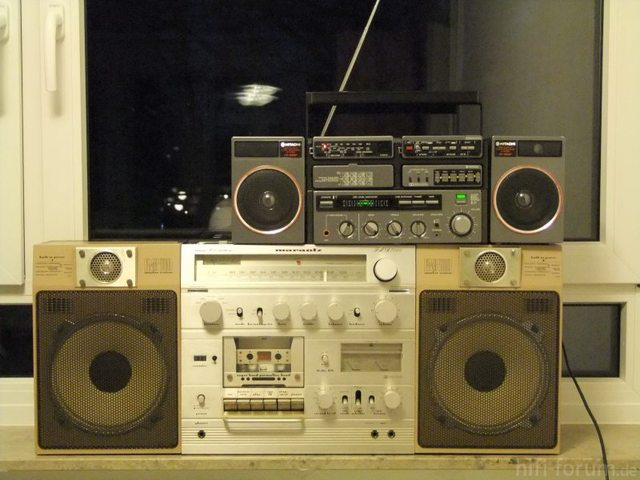 Hitachi CP90 Vs Marantz PMS 7000