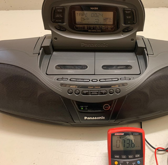 Panasonic DT 75 Eingeschaltet Kassette Läuft, Lautstärke Null