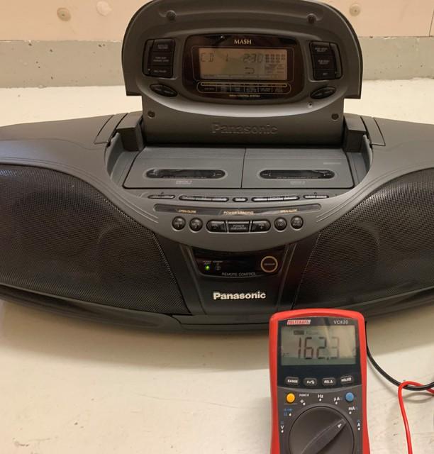Panasonic RX DT 75 CD Lautstärke Fast Maximum