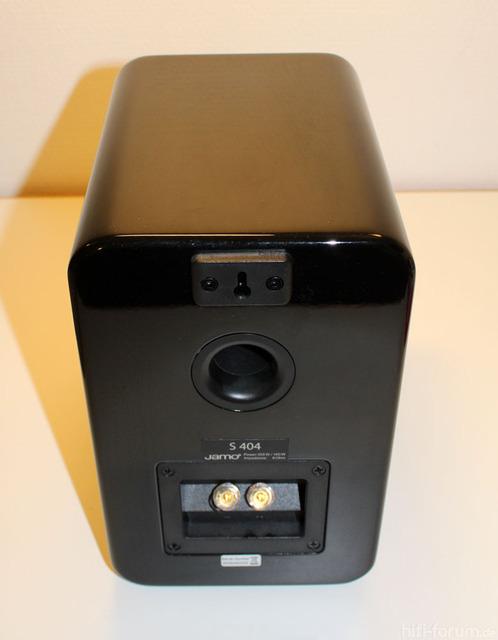 jamo-s-404-rear-schwarz_161204