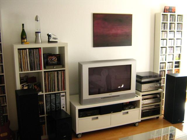 Livingroomoctober2010003