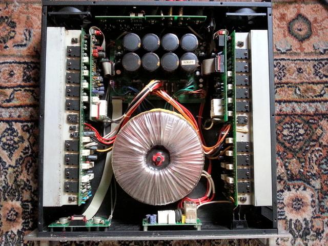 Xenio Sound Pro 2400 2