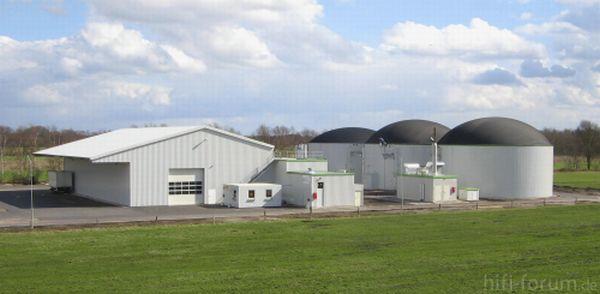 Http://www.biogas-grimm.de/assets/images/Biogasanlage_Panorama.jpg