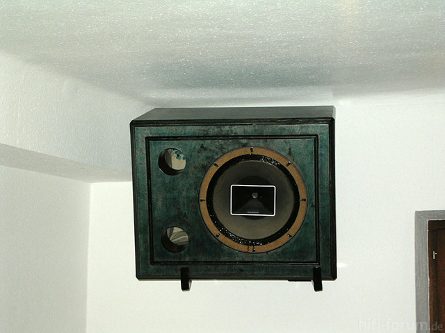 KIF 3202