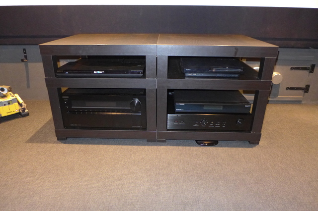 bilder eurer selbstbau racks racks geh use hifi forum seite 83. Black Bedroom Furniture Sets. Home Design Ideas