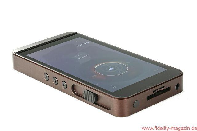 Calyx-M-mobile-player-copy5