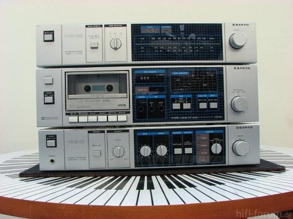 Sanyo System 220