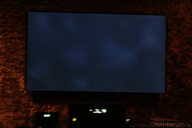 Clouding Samsung D Serie 7000 Mit Restlicht