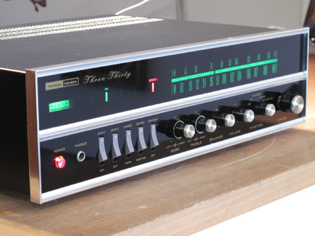 Harman Kardon 330 - First Version