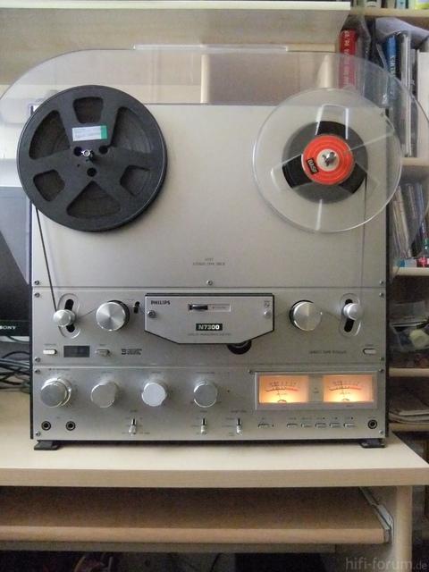 Philips N7300