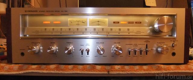 Pioneer SX 750