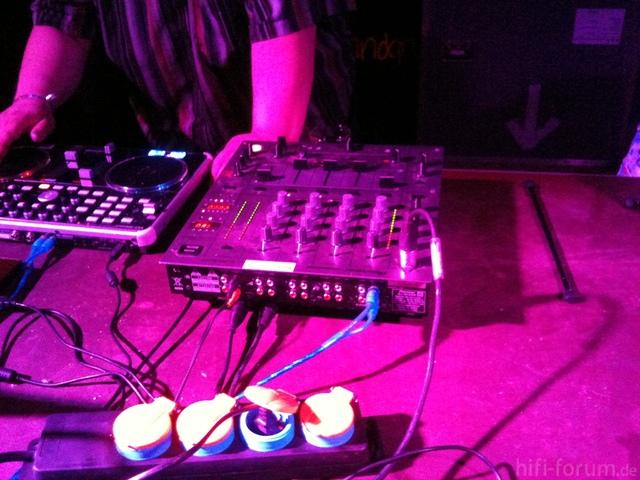 DJ ..... Voll Im Pegel :-)