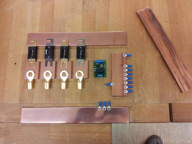 Stromverteiler/Sicherungshalter